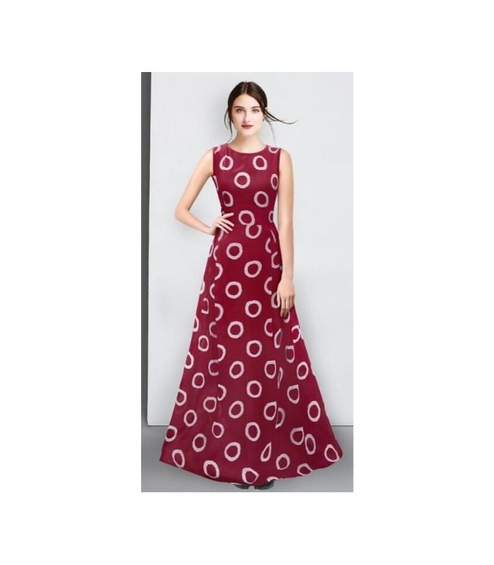 ring maroon gown